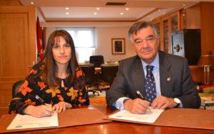 Firma del acuerdo entre Afibrom y el COFM